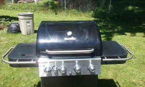 Gas grill bbq grill for Sale in Elgin, IL