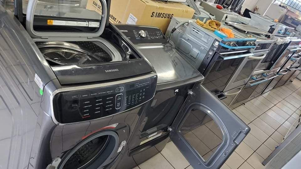 SAMSUNG Washer And Gas Dryer Set