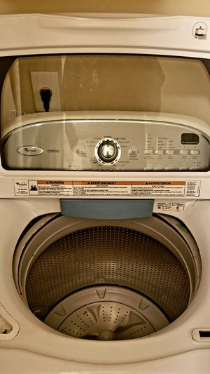 Photo Maytag washer dryer