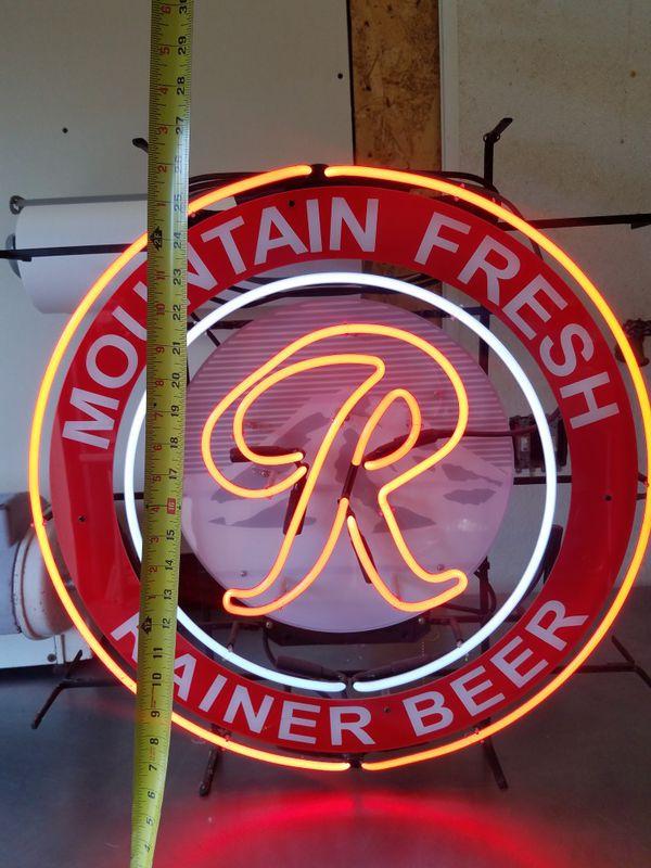 Neon Rainier beer sign. Typo rare for Sale in Port Angeles