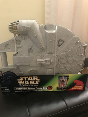 Star Wars Millennium Falcon Carry Case for Sale in Silver Spring, MD