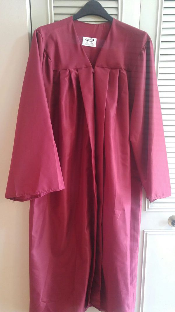 Jostens graduation cap and gown (Clothing & Shoes) in Burtonsville ...