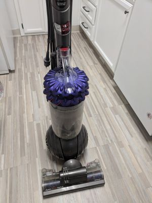 Dyson Ball Animal+ Upright Vacuum for Sale in San Jose, CA