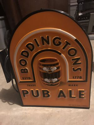 Pub beer sign. Great condition Boddingtons Pub Ale-background has a light. Used in a bar in Canada for Sale in San Antonio, TX