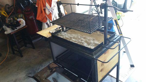 grill ataud para cabrito o puerco con parrilla arriba for sale in