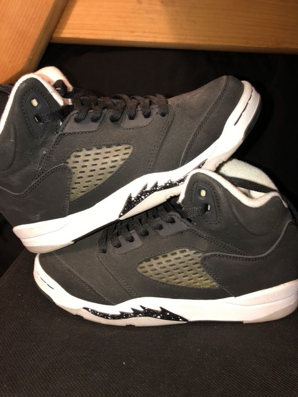 buy popular dd00f 24722 Retro Oreo 5s for Sale in Hayward, CA - OfferUp