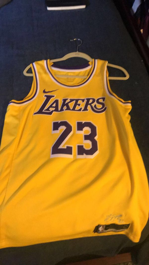 online store 9013b 92607 Lakers Lebron Jersey - brand new, size medium 44 for Sale in Santa Ana, CA  - OfferUp
