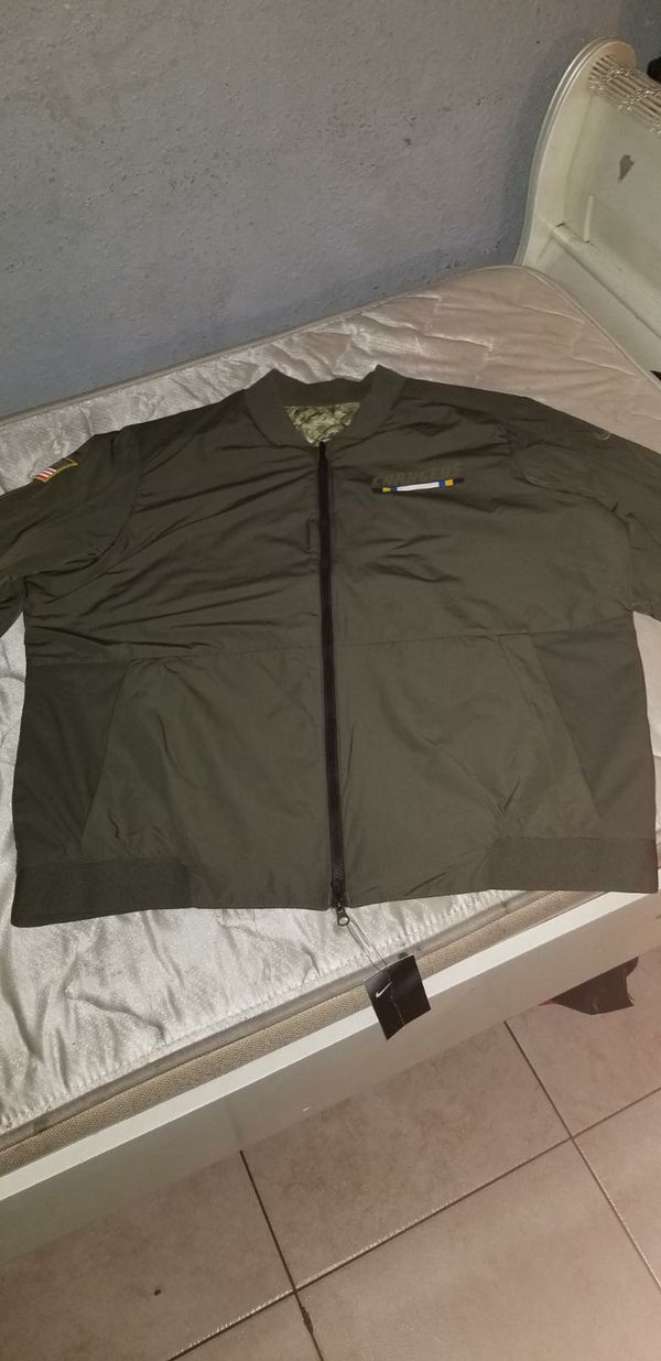 best service 9b2e9 43599 LA chargers nike Reversible salute to the service bomber jacket for Sale in  Long Beach, CA - OfferUp