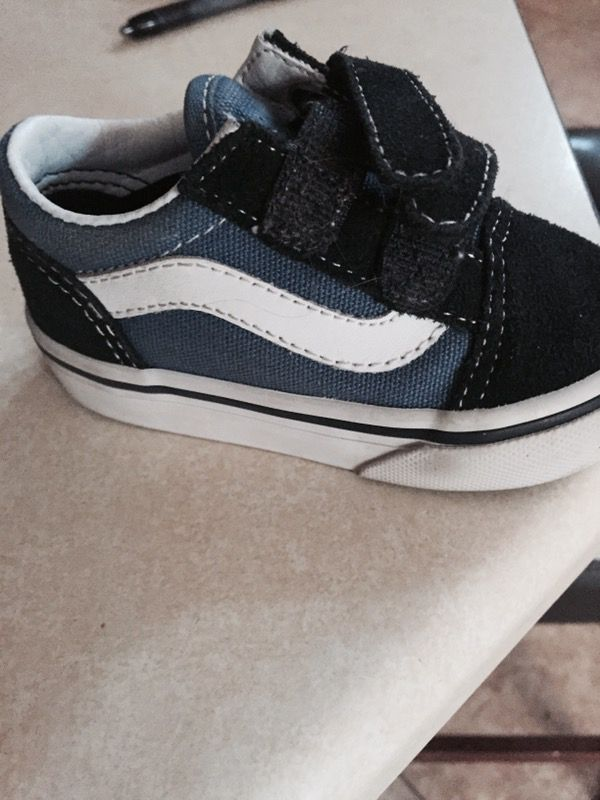 Shoes vans size 4.5