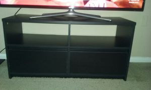 Small black t.v. stand for Sale in Gaithersburg, MD