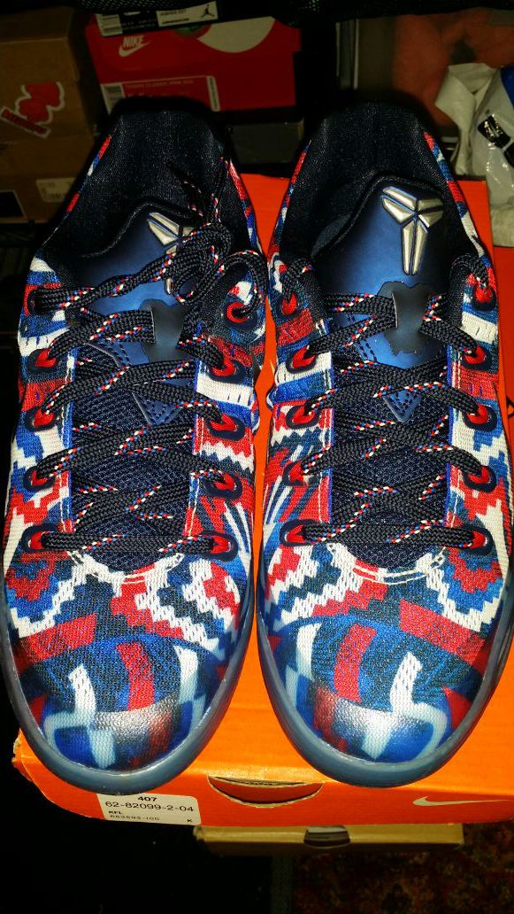 huge selection of bdc99 d7315 Nike Kobe 9 4th of July size 5y new dead stock