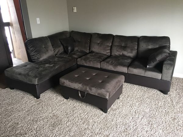 Brand New Gray Microfiber Sectional Sofa With Ottoman