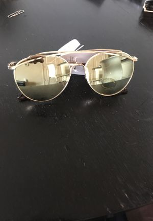 GOLD Reflect Sunglasses for Sale in Houston, TX