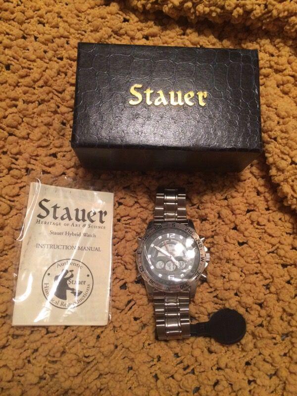 Stauer Hybrid Watch