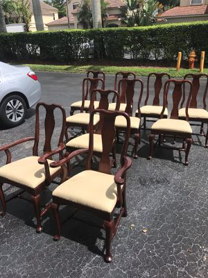 Dining table chairs for Sale in Miami, FL