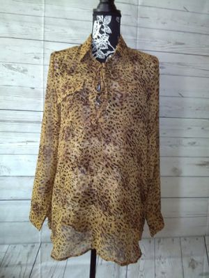 New Beautiful BCBG Maxazria Shirt , women's size L ( new with tag ) for Sale in Frederick, MD
