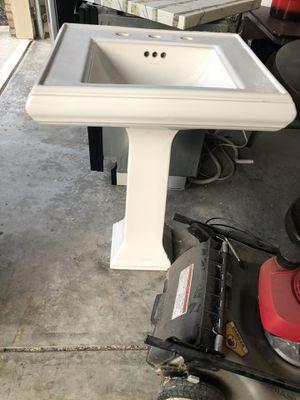 Photo Pedestal Sink - Kohler