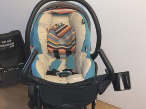 Maxi-cosi Maxi-Taxi Stroller Frame Maxi-Cosi Mico AP Infant Car Seat, Bohemian Blue, 0-12 Months Pick up only located in NE DC for Sale in Washington, DC