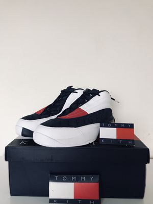 KITH X TOMMY HILFIGER Size 10 OG BASKETBALL SNEAKER WHITE / NAVY for Sale in Silver Spring, MD