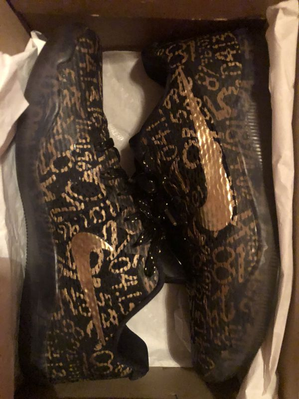 "PADS Kobe XI Nike ID ""Mamba Day"" sz 11 9 10 (Clothing   Shoes) in Phoenix 745e2bdbf944"