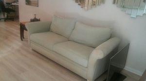 Free sofa for Sale in Eustis, FL