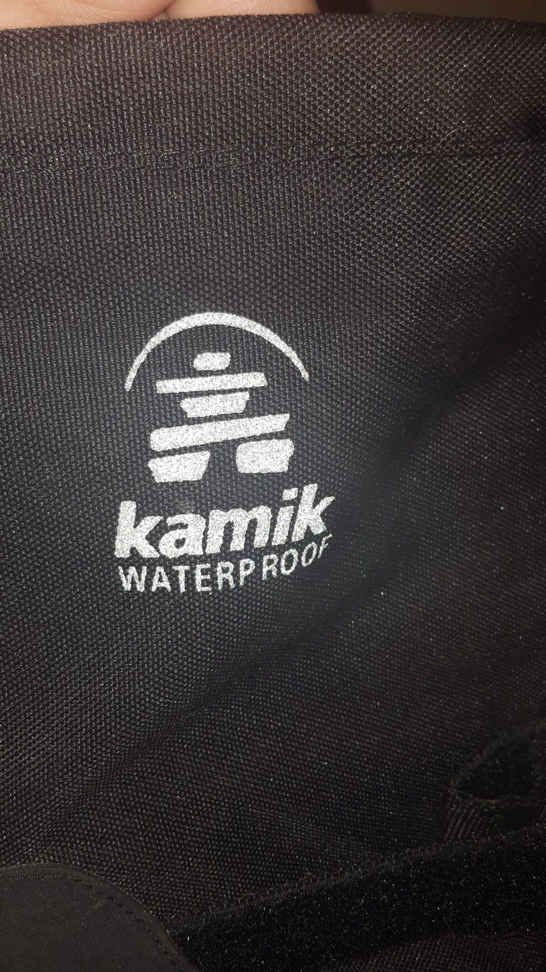 Kamik waterproof snowboots