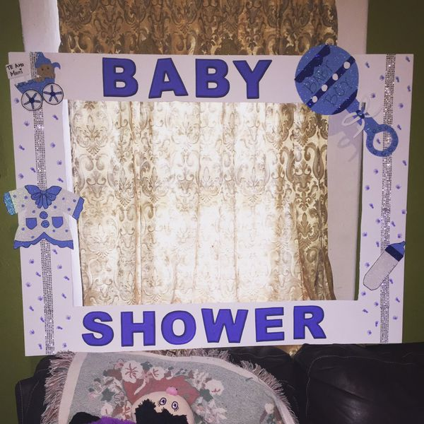 Baby shower photo booth frame (Arts & Crafts) in Dallas, TX - OfferUp