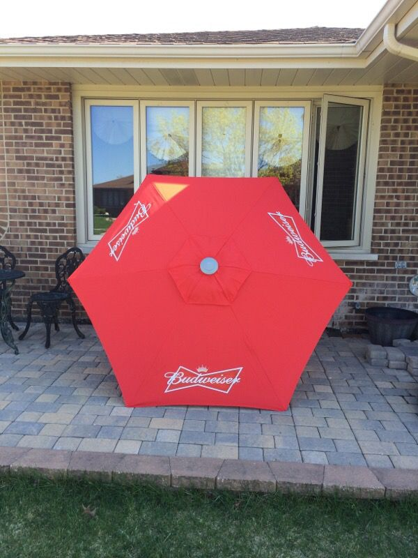 Budweiser Patio Umbrella Beer Sign For