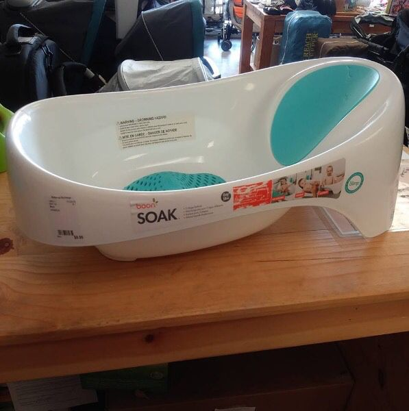 Boon soak baby bath infant tub newborn (Baby & Kids) in Lake Forest ...