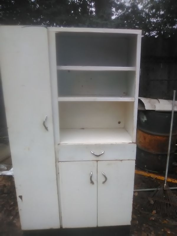 Magnificent Vintage Kitchen Cabinet For Sale In Macon Ga Offerup Beutiful Home Inspiration Ommitmahrainfo