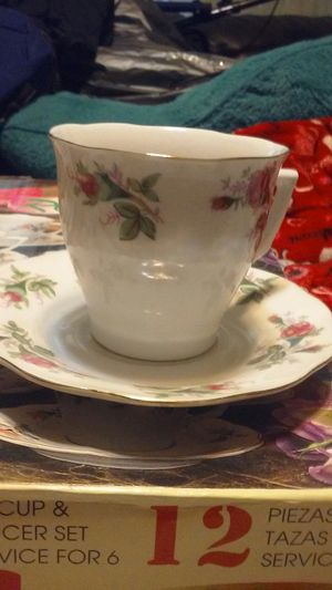 Vintage Allied design Rosebud tea sets for Sale in Kissimmee, FL