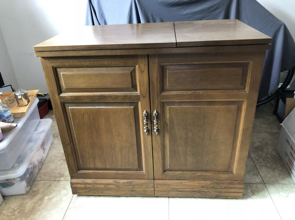 Parsons Sewing Cabinet W Electric Lift For Sale In