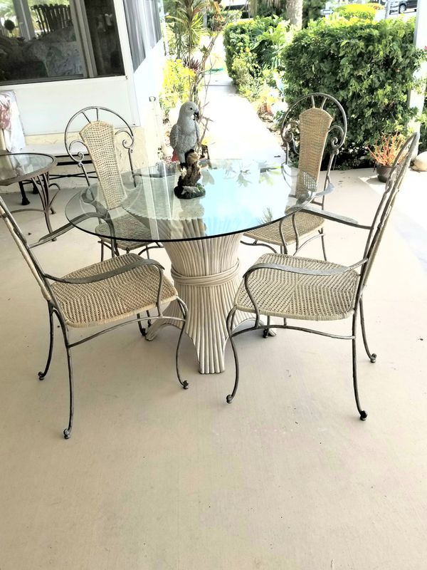 Patio Or Dinette Set Metal Wicker Chairs Gl Top Naples For In Fl Offerup