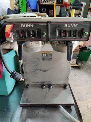 Photo BUNN DUAL HEAD COFFEE MAKER W/HOT WATER DISPENSER