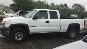 2004 Chevy Silverado 2500HD 200k Hwy Miles runs and drives!!! for Sale in Fort Washington, MD