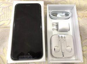 iPhone 6 16gb Unlocked/Silver for Sale in Seattle, WA