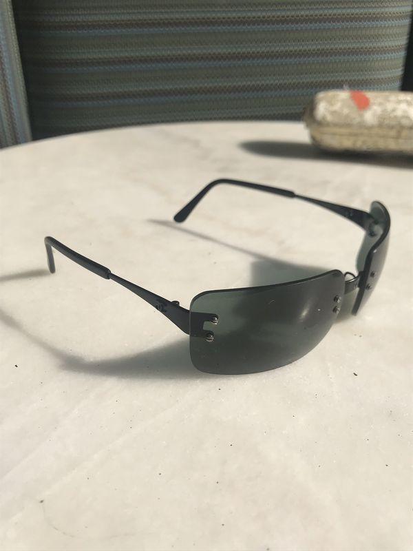 5e512b6d4e93 Chanel Black Classic Sunglasses for Sale in Los Angeles, CA - OfferUp