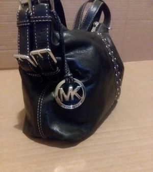 MK Michael Kors Authentic leather for Sale in Adelphi, MD