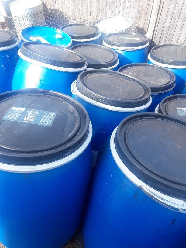 55 gallon plastic barrels