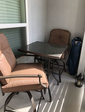 Photo Patio bar high top with two bar stools like new