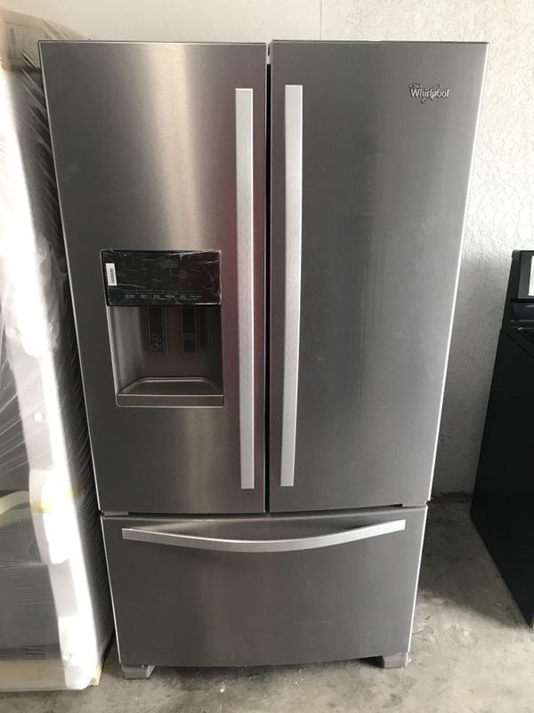 2018 Whirlpool Refrigerator (Appliances) in Fort Myers, FL - OfferUp