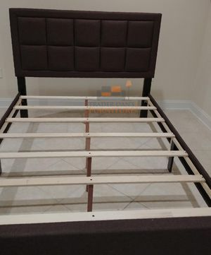 Brand New King Size Brown Linen Upholstered Platform Bed Frame for Sale in Silver Spring, MD