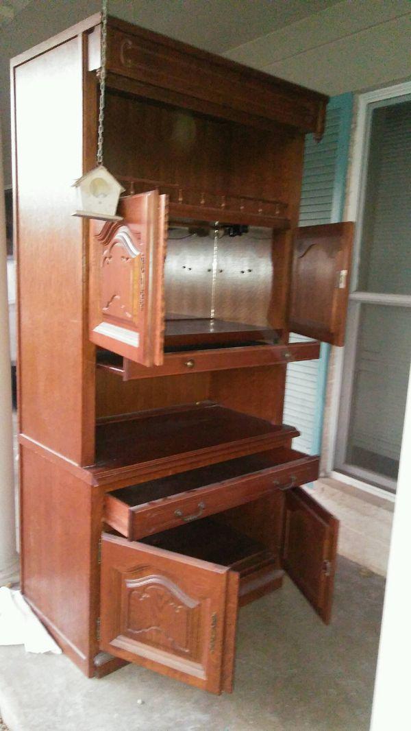 Wood Kitchen cabinet for Sale in Austin, TX - OfferUp