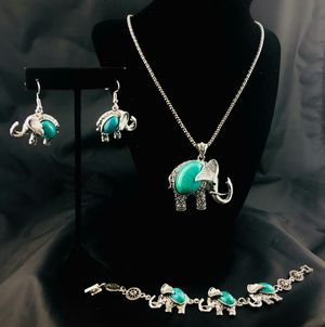 Howlite Elephant Necklace Set for Sale in Austin, TX