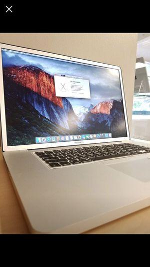 17 inch MacBook Pro mid 2009. for Sale in Herndon, VA