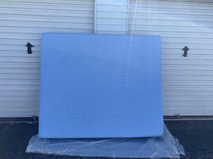 Photo Cal king size mattress 72x84