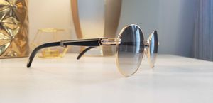 Photo Black cartier glasses