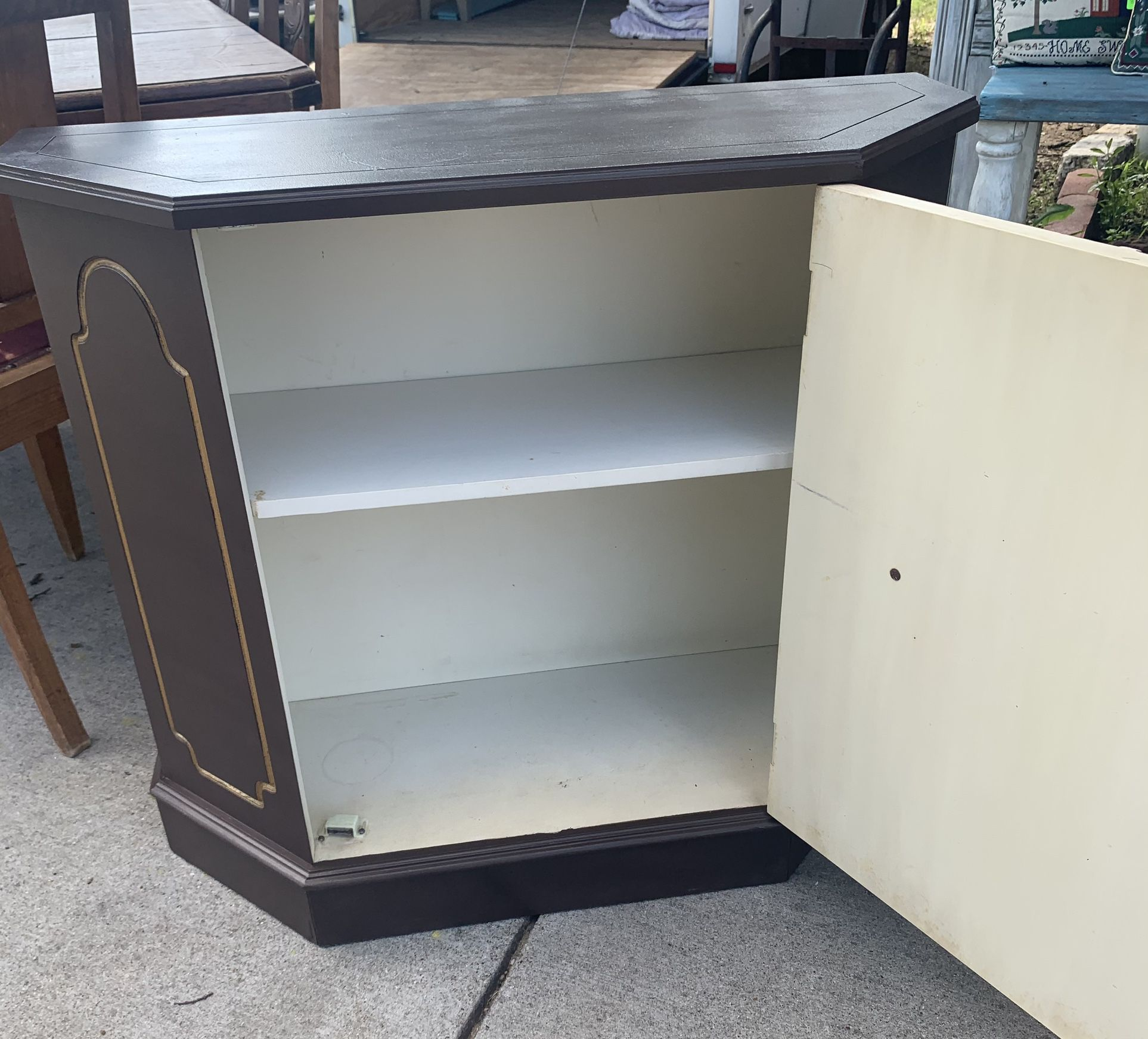 Cute Casual Stand Alone Cabinet
