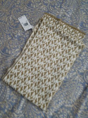 Michael Kors scarf for Sale in Catonsville, MD