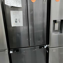 Samsung French Door Refrigerator 32'wide, New Scratch And Dent Thumbnail